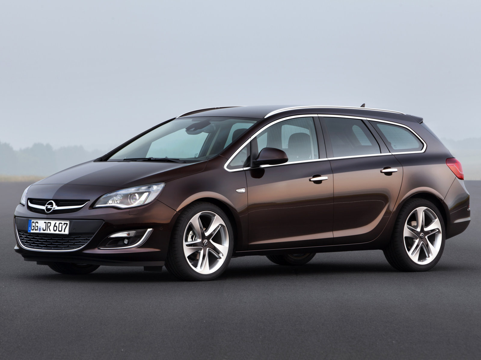 Opel (Опель) Astra Sports Tourer (J) 2012- г.
