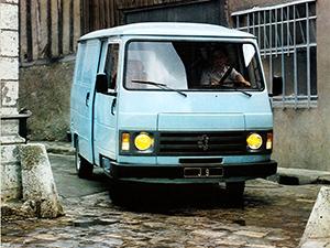 Peugeot J9 4 дв. минивэн Bus