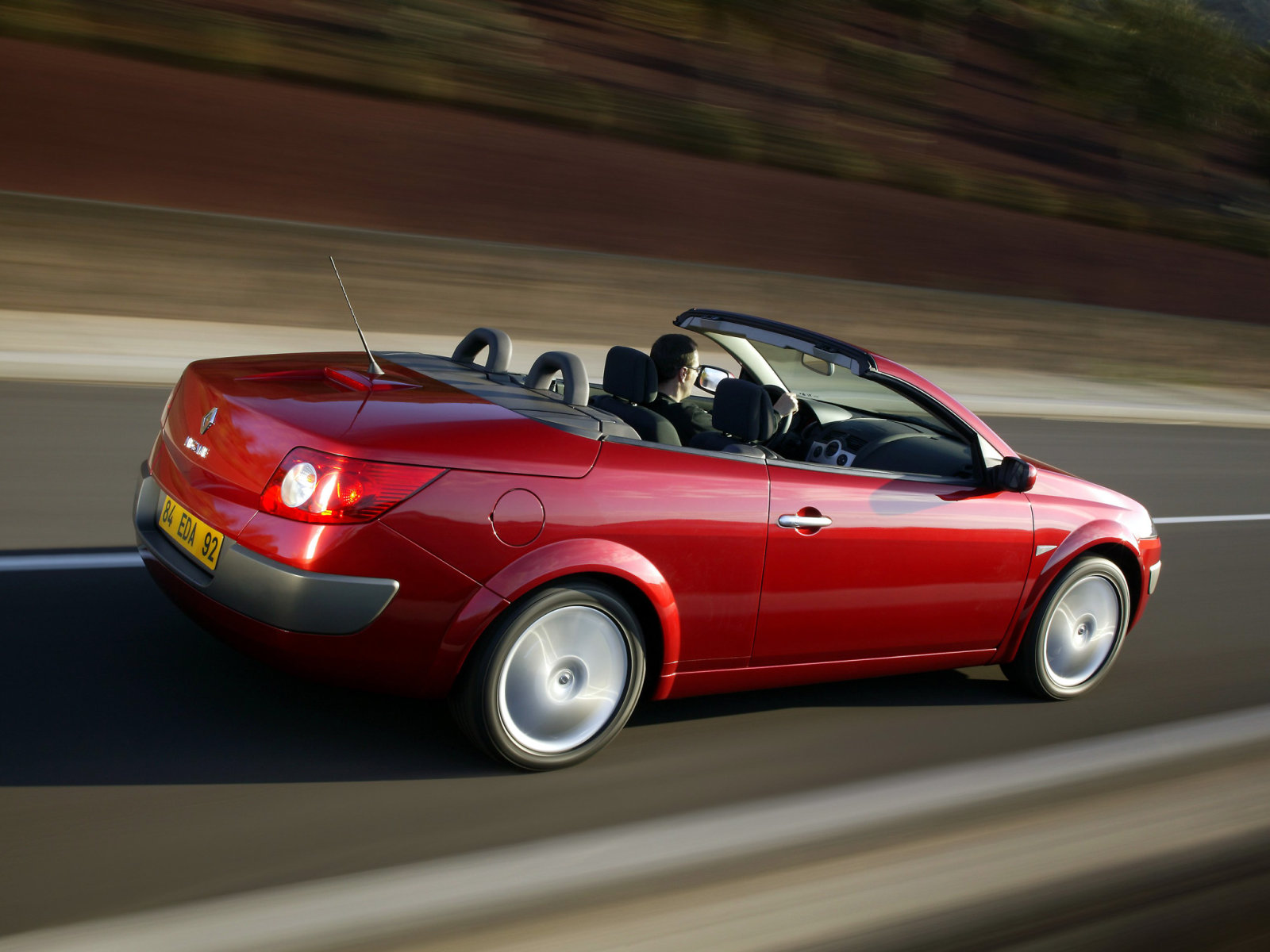Renault (Рено) Megane Coupe-Cabriolet 2003-2006 г.