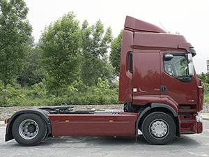 Renault Premium 2 дв. тягой Route