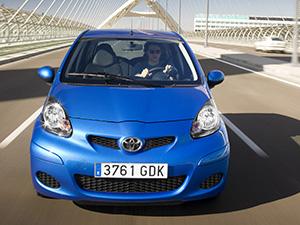 Toyota Aygo 5 дв. хэтчбек Aygo