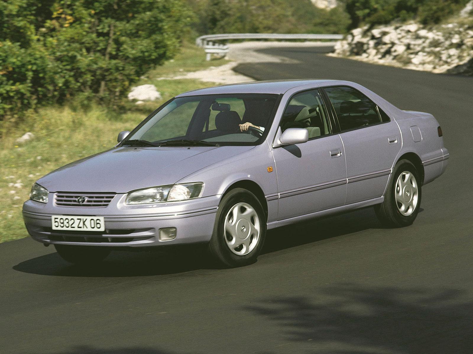 Toyota (Тойота) Camry 1996-1999 г.