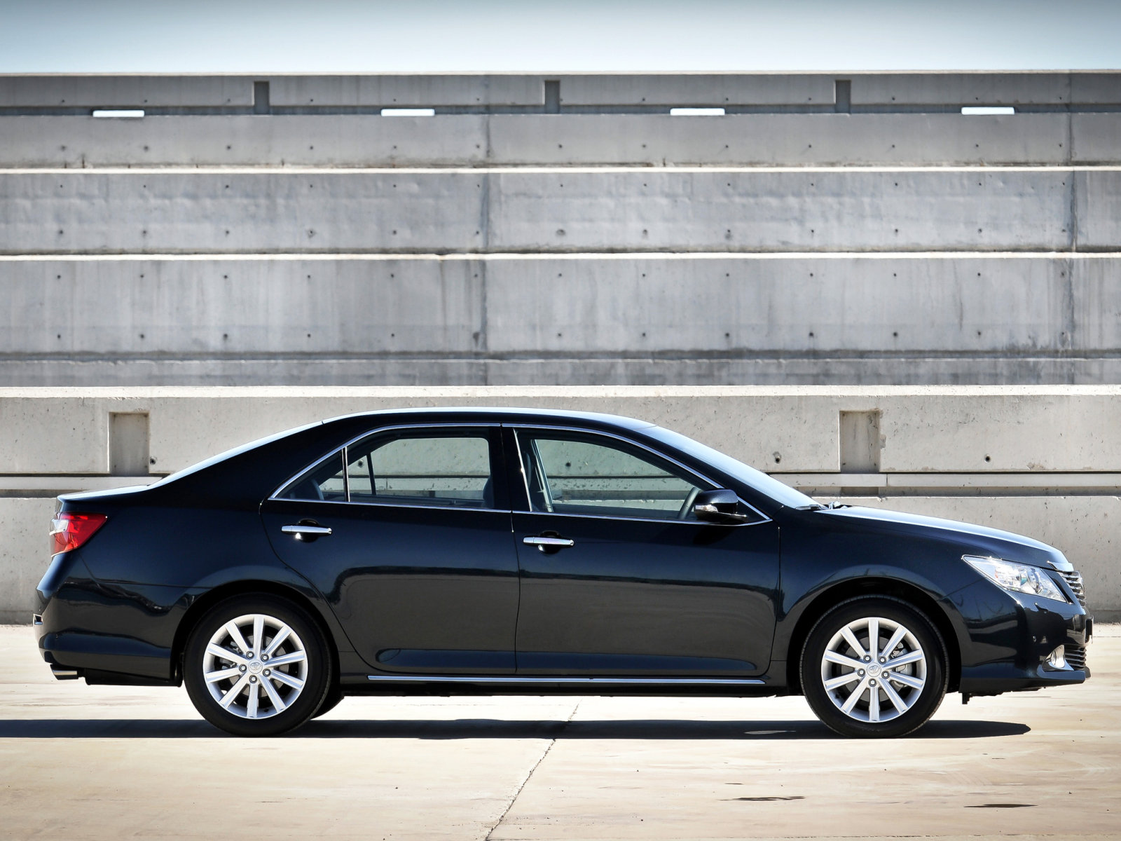 Toyota (Тойота) Camry 2011- г.