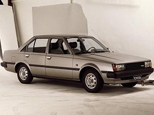 Toyota Carina 4 дв. седан Carina