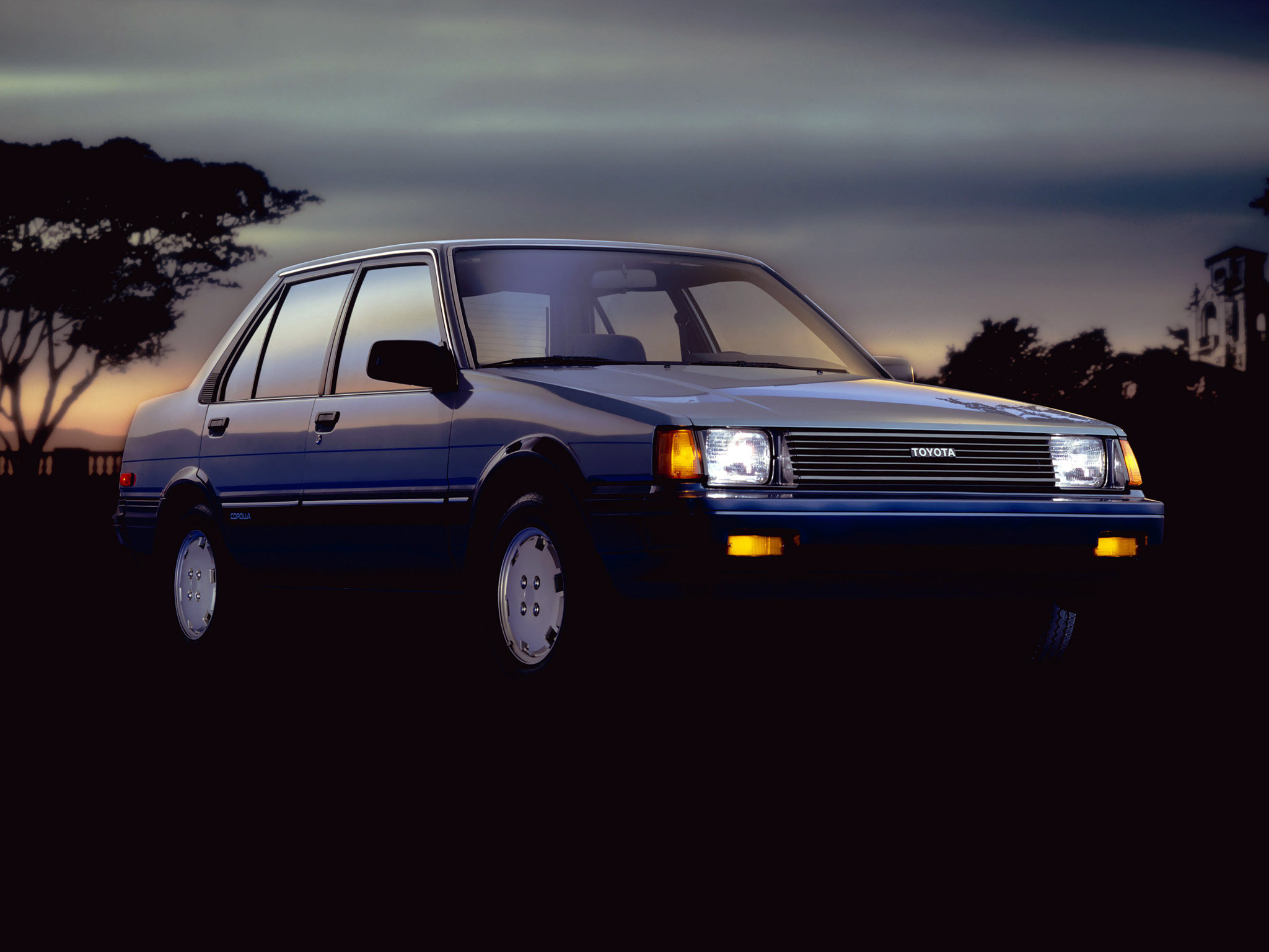 Toyota (Тойота) Corolla 1985-1987 г.