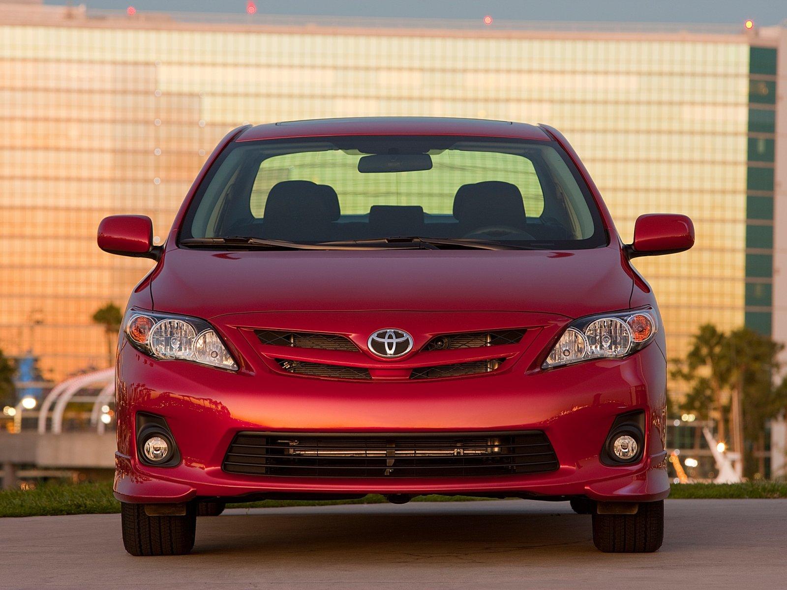 Toyota (Тойота) Corolla 2010-2013 г.