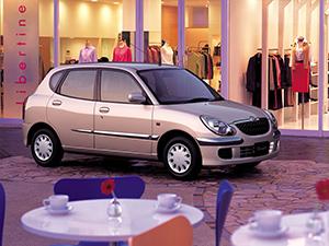 Toyota Duet 5 дв. хэтчбек Duet