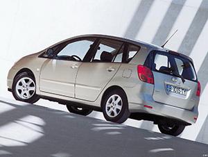 Toyota Corolla Spacio 5 дв. минивэн (E12)
