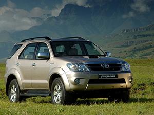 Toyota Fortuner 5 дв. внедорожник Fortuner