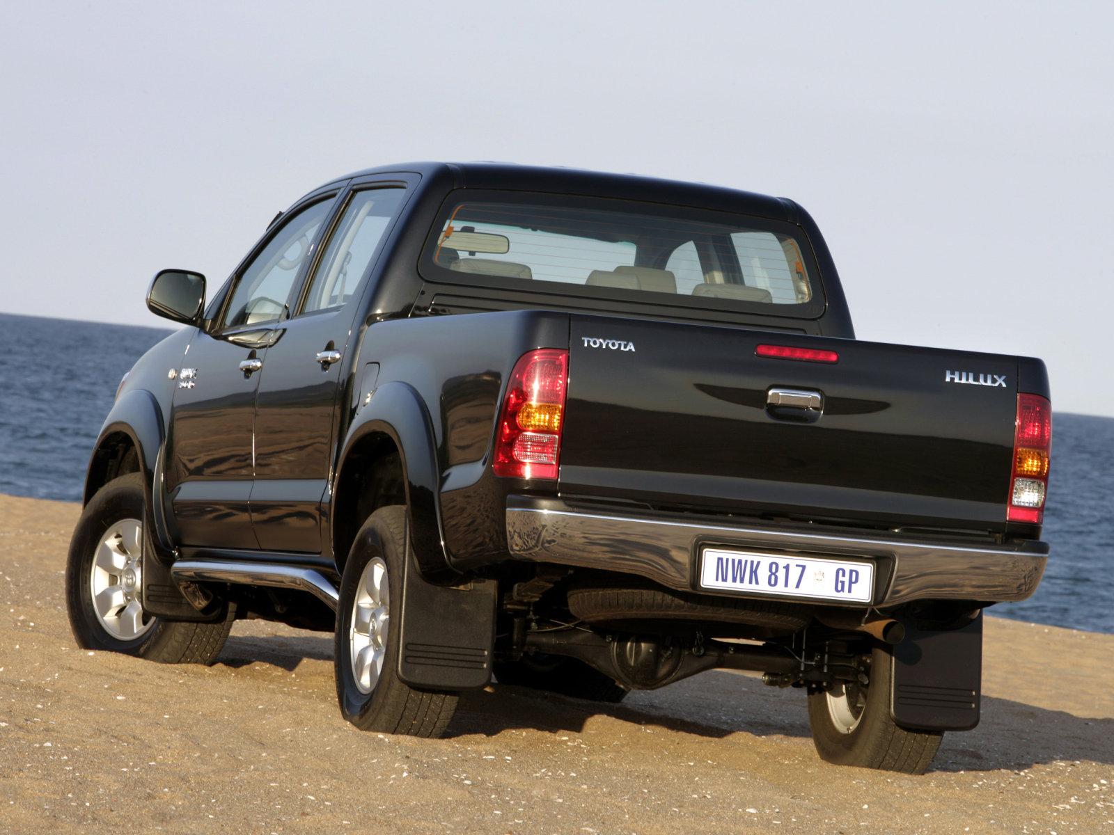 Toyota (Тойота) Hilux 2004-2008 г.