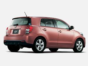 Toyota Ist 5 дв. хэтчбек Ist