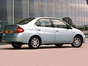 Toyota Prius 4 дв. седан (NHW11)
