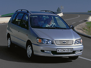 Toyota Picnic 5 дв. минивэн Picnic