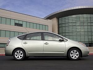 Toyota Prius 5 дв. хэтчбек Prius