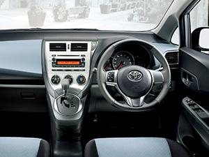 Toyota Ractis 5 дв. хэтчбек Ractis