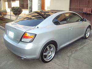 Toyota Scion 2 дв. купе Scion