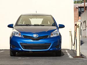 Toyota Yaris 3 дв. хэтчбек Yaris