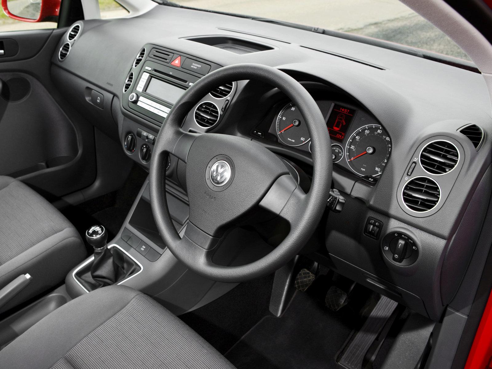 Volkswagen (Фольксваген) Golf Plus 2005-2009 г.