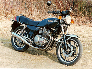 Yamaha XJ классик 550