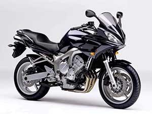 Yamaha FZ спортбайк 6