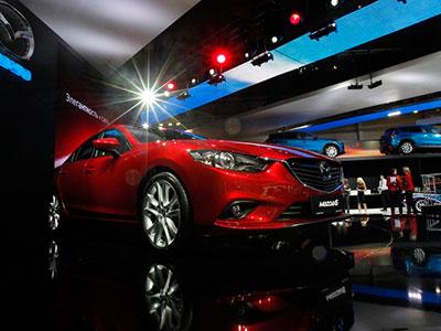 Иностранные автокомпании намерены изменить механизм продаж в России