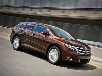 В России снова подражали модели SUV от Toyota