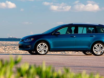 Volkswagen представил разнообразную галерею универсалов Golf SportWagen 2015-ого года