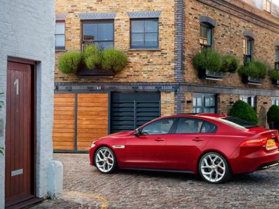 Jaguar представил коммерческое видео нового XE