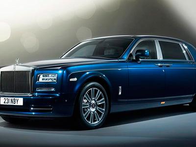 Rolls-Royce продемонстрировал необыкновенный автомобиль Phantom Limelight Collection