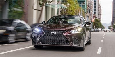 Компания Лексус объявила об отзыве более четырехсот автомобилей из России
