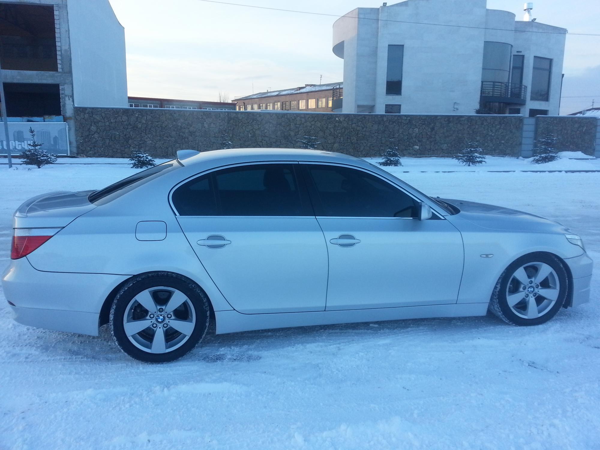 BMW 5-серия E60 525i